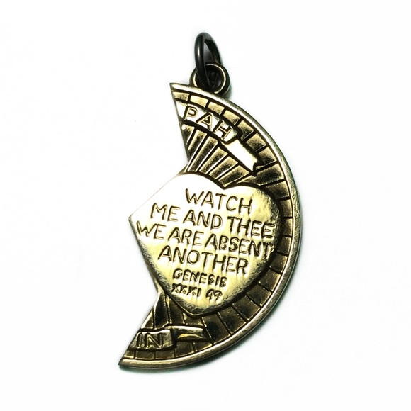 "Vintage Jewelry - VTG 14KGF Mizpah ""Watch Over Thee"" Prayer Pendant"